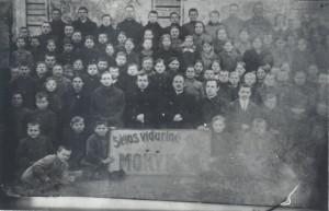 05 Progimnazijos mokiniai ir mokytojai 1922 2