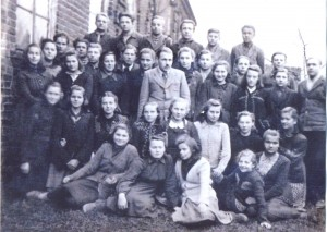 12 Pirmaja abiturientu laida 1950