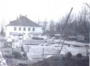 16 Naujos mokyklos statyba 1975